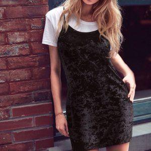 Victorias Secret • Black Crushed Velvet Slip Dress